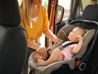 babyschale-im-auto